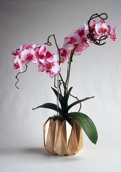 Black Dark Catteya Orchid Clay Flower Ceramic Pot Dollhouse Miniature Handmade