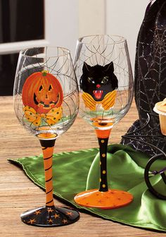 Handpainted Wine Glass 2 Asst Hairraising Halloween 3CWG3694 | eBay