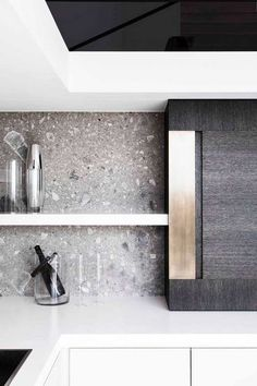 I love the colour of this splashback and I love how terrazzo is used as a splashback. It's just such a unique idea. Kitchen Themes, Kitchen Decor, Kitchen Storage, Kitchen Ideas, Küchen Design, House Design, Design Ideas, Ideas Hogar, Cuisines Design