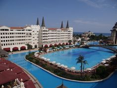 Mardan Palace - the hotel which costed 1.5 billion USD ! Check out more pics in the post !