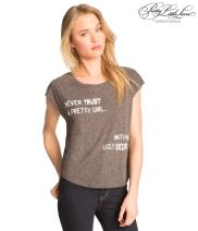 """Pretty Little Liars Slash-Back """"I Never Trust A Pretty Girl, With An Ugly Secret"""" Graphic T - Aéropostale®"""