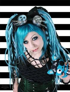 Google Image Result for http://www.gothic-culture.com/images/stories/Fashion/Makeup/cybergoth/cybergoth3.jpg