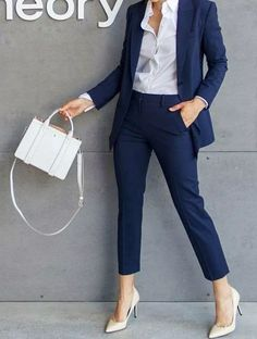 Office Outfits Women, Summer Work Outfits, Office Fashion Women, Casual Work Outfits, Professional Outfits, Mode Outfits, Work Casual, Classy Outfits, Chic Outfits