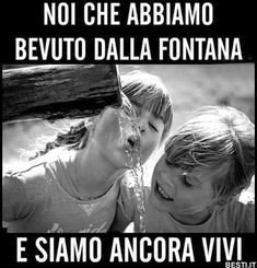 Deep Images, Images And Words, 1970s Childhood, Childhood Days, Funny Images, Funny Photos, Italian Posters, Old Soul, Twisted Humor