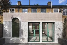 White Rabbit House brings colour and terrazzo to an average London terrace Georgian Architecture, Beautiful Architecture, Georgian Interiors, Georgian Homes, Terrazzo, Georgian Terrace, Grand Staircase, House Extensions, London
