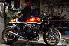 I genuinely like those things these people designed on this custom made Inazuma 750, Inazuma Cafe Racer, Motorcycle Workshop, Motorcycle License, Cafe Racer Bikes, Cafe Racer Motorcycle, Classic Motorcycle, Bobber Custom, Custom Bikes