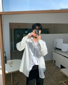 Korean Fashion Men, Boy Fashion, Mens Fashion, Fashion Outfits, Korean Outfits, Boy Outfits, Korean Men Hairstyle, Outfit Meaning, Cute Asian Guys