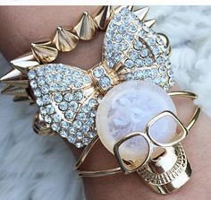 Images and videos of gold skull Bow Bracelet, Skull Bracelet, Skull Jewelry, Jewelry Box, Jewelry Accessories, Fashion Accessories, Bracelets, Jewellery, Candy Jewelry