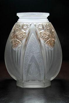Art Decó vase by Muller Frères