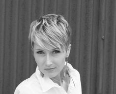 Great help for pixie cut styling.