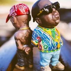 Toys for big boys. 2pac, Tupac Shakur, Hip Hop Images, History Of Hip Hop, Black History, Tupac And Biggie, Black Art Pictures, Biggie Smalls, Hip Hop Art