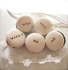 Popping the question... #macaroon #dessert #marry #me #wedding #engagement #proposal #idea