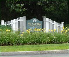Custom Signage - The substantial granite posts and short sections of a Chestnut Hill fence with end curves draw the eye to a quality custom sign. In addition to creating a Custom Sign for your home or boat, we will handcraft a sign incorporating your logo for a business, home development, golf course, restaurant, law firm and more. Where you have a need to be seen, we'll make sure you're presented in style. Call our store nearest you for details, or 800-343-6948 .