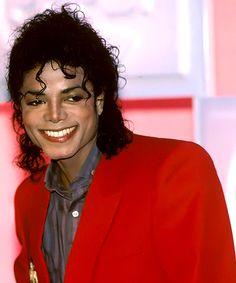 Michael Jackson All Photos by Michael Jackson Beautiful Person, Beautiful Smile, Most Beautiful, Michael Jackson Bad Era, Janet Jackson, Mj Bad, Jackson Music, Kpop, My Idol