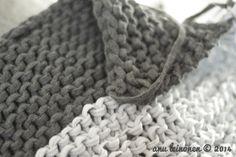 Paksu lanka ja paksut puikot - neuloen koristetyynyt | Asuntomessut
