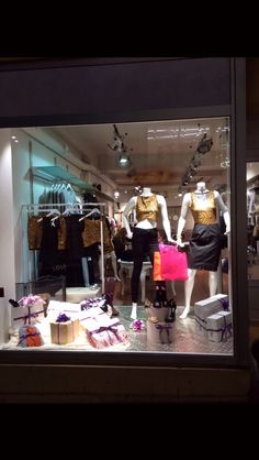 Christmas boutique display. Mia & Moy Clothing