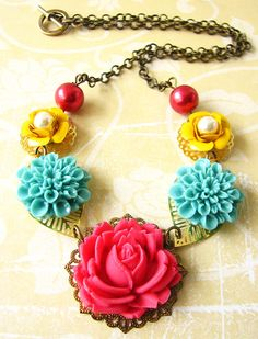 Flower Necklace Coral and Turquoise