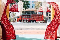 Rundreise durch den Bundesstaat Gujarat in Indien.Das Rotel gegenüber von einer großen indischen Hochzeitsfeier. Reiseblog von Marion und Daniel.