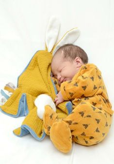 [et_pb_section use_background_color_gradient=on background_color_gradient_overlays_image=on background_ Gradient Color, Overlays, Colorful Backgrounds, Onesies, Kids, Clothes, Baby Toys, Adorable Babies, Bebe