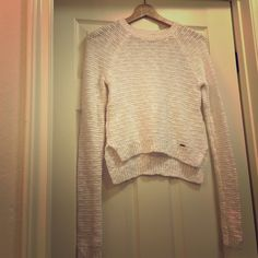 A&F sweater Comfortable. Crew neck. Easy fit with side splits. Abercrombie & Fitch Sweaters Crew & Scoop Necks