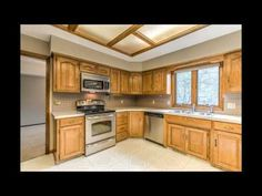 Spacious 2 Bed / 2 Bath Brick Bungalow With Finished Basement | My Homes  For Sale | Pinterest | Bungalow And Bricks