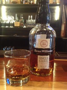 Evan Williams Single Barrel Vintage. 86.6 proof. This one barreled in 2004 and bottled in 2013. Warm oaky nose. Smells hot but sweet and flavorful. Tastes much more strong than 86 proof. Sweetness is overpowered by an even burn. After tastes of vanilla and an almost barley flavor.   Nice to sip on. But more hot than I'd prefer in a lower proof. Tastes 90+.