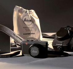 Leica habillé  par G-Star http://www.etvonweb.be/62427-high-tech-leica-habille-par-g-star
