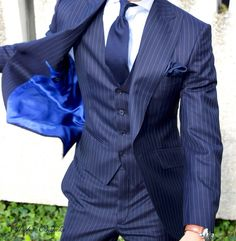 Back in London this weekend. Contact: www.absolutebespoke.com Kensington area. Limited appointments available.