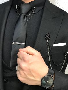 Paul Black Slim-Match Swimsuit - Suit World All Black Suit, Black Suit Wedding, Wedding Suits, Black Men, Prom Suits For Men, Dress Suits For Men, Brooch Men, Collar Clips, Designer Suits For Men