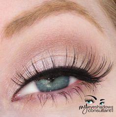 MAC eyeshadows used: Dazzlelight (on lid, below crease), Kid (crease), Blanc Type (blend). #eye #makeup inspiration