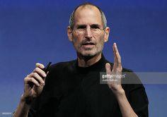 Steve Jobs and Bill Gates Inside the rivalry Internet Al Jazeera