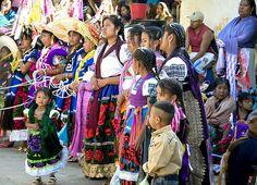 Danzantes - Ocumicho, Michoacan, Mexico - Carnaval 2009 | by joven_60