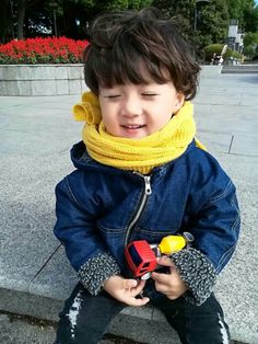 59 Super ideas for baby korean children child fashion Cute Asian Babies, Korean Babies, Cute Babies, Baby Kids, Vintage Baby Mädchen, Baby Food By Age, Cute Kids Pics, Ulzzang Kids, Baby Boy Announcement