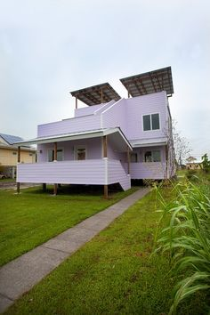 First Frank Gehry Home Completed by Brad Pitt's Make It Right Foundation | News | Archinect