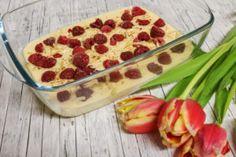 Du suchst etwas Leichtes und sättigendes zum Frühstück? Dann teste doch einen Quarkauflauf mit Früchten, der perfekt für dein Frühstück geeignet ist. Das Tolle - du kannst ihn auch als Nachtisch servieren.
