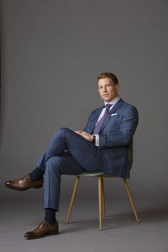 The masculine style according to MAX Tuxedo Shop, Tuxedo For Men, Blue Plaid Suit, Photography Poses For Men, Wedding Photography, Herren Outfit, Professional Attire, Well Dressed Men, Suit And Tie