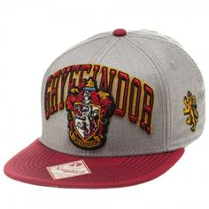 Harry Potter Gryffindor Crest 2 Tone Flatbill Snapback Hat Cap (€21) ❤ liked on Polyvore featuring accessories, hats, harry potter, snap back caps, caps hats, bucket hats, cap et snapback