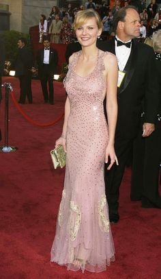 The Kirsten Dunst Look Book - fashion beauty Oscar Dresses, Gala Dresses, Kirsten Dunst, Logan Lerman, Amanda Seyfried, Pink Dress, Dress Up, Soft Classic, Red Carpet Looks