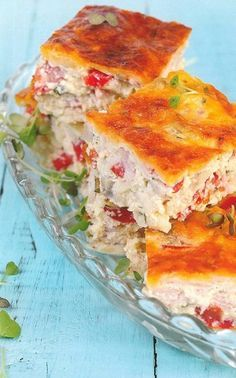 'n Heerlike happie om vir die gaste voor te sit wanneer jy moeg is vir soetgoed. Ham and sweet potato bake South African Dishes, South African Recipes, Savory Snacks, Savoury Dishes, Savoury Tarts, Braai Recipes, Cooking Recipes, Appetiser Recipes, Turkish Delight