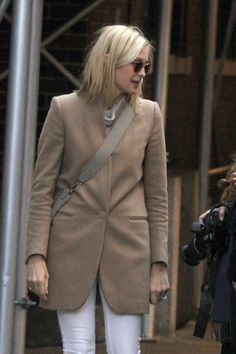 Style icon. Kelly Rutherford.  Classic camel coat.
