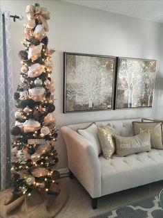 Pencil Christmas tree. Burlap, gold mesh and silver ribbons with rustic ornaments and burlap tree skirt. #rustic