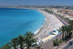 Im Süden Frankreichs erwartet Sie die Côte d'Azur mit Nizza und seiner Promenade des Anglaise sowie Cannes mit der Strandpromenade La Croisierte: Folgen Sie einfach Bontourism® und erleben Sie garantiert unvergessliche Momente an dieser faszinierenden Mittelmeerküste.