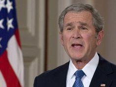 La Policía de Dallas dijo que reconocieron que se trataba de Bush, después de que este hizo un giro a la derecha y sin señalización
