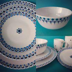 Begint ergens op te lijken  #hipmetstip #blue #plates #serviesstippen #zen