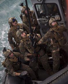 Navy Military, Military Gear, Military Police, Army, Usmc Recon, Landing Craft, Green Beret, Modern Warfare, Coast Guard