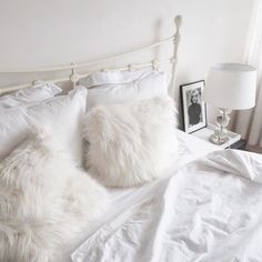 I'd rather stay here (pillows are #Walra)