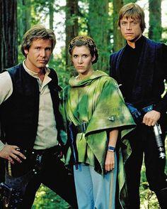🌲🌲🌕 Trio. #starwars#lucasfilm#lukeskywalker#hansolo#princessleia
