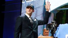 Jared Goff picked No. 1 overall by Rams; Wentz goes No. 2 to Eagles