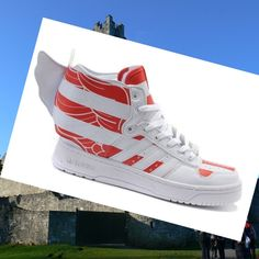 buy online d71cc 44b12 Adidas Trainers Jeremy Scott Wings 2.0 Mens Womens U.S. Flags White,Red,80