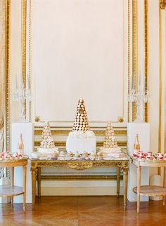 Inspiration for a chic Parisian wedding in classic French Blue, Blush, and Glittering Gold with romantic details and lush floral design! Parisian Wedding, French Wedding, Dream Wedding, Glamorous Wedding, Parisian Style, Garden Wedding, Dessert Buffet, Dessert Bars, Dessert Tables